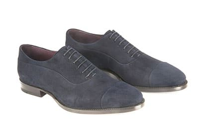 Suede oxford with reversed stitching