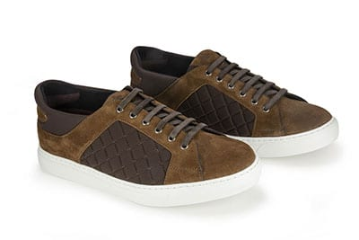 Sneaker made with suede and lycra