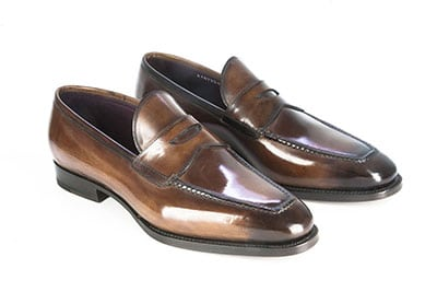 Pantofola con la vaschetta cucita a mano
